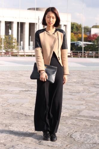 street_style_en_seul_958443809_800x1200-modelo-hee-jung-park-vestido-zap-casaco-zara-clutch-johnny-hates-jazz